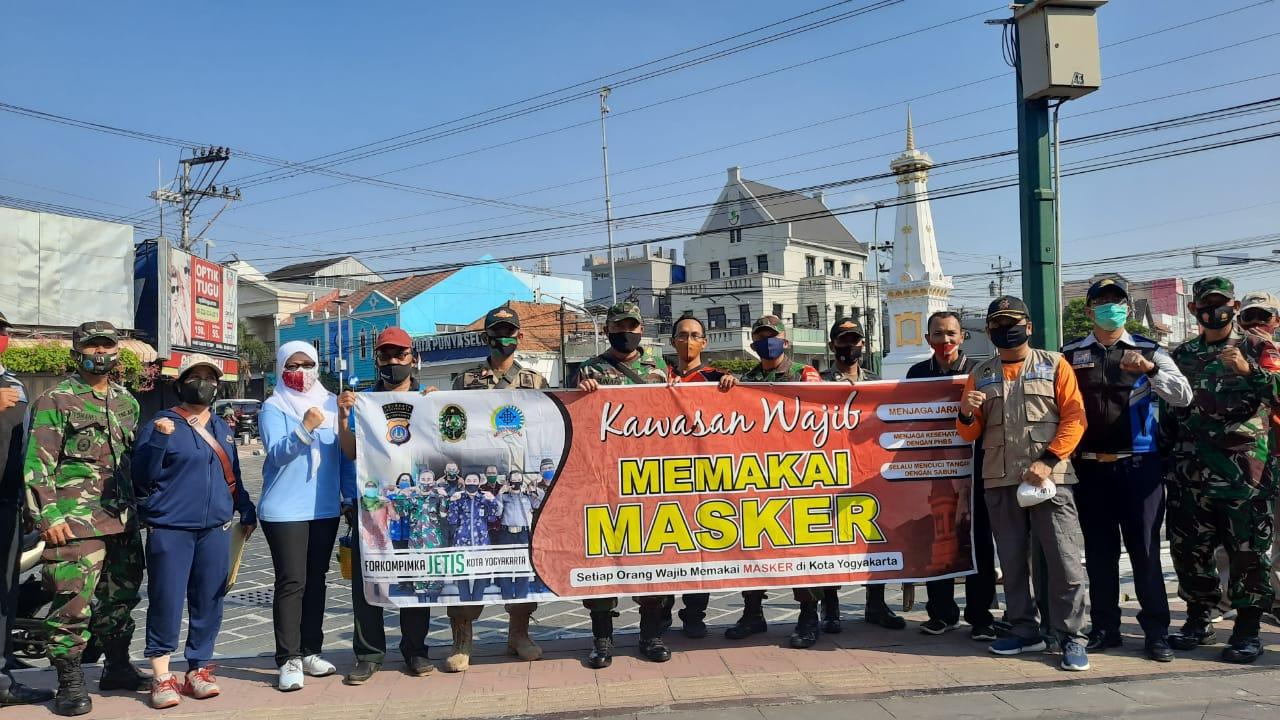 Sosialisasi dan Launching Wilayah Wajib MASKER di Tugu Yogya